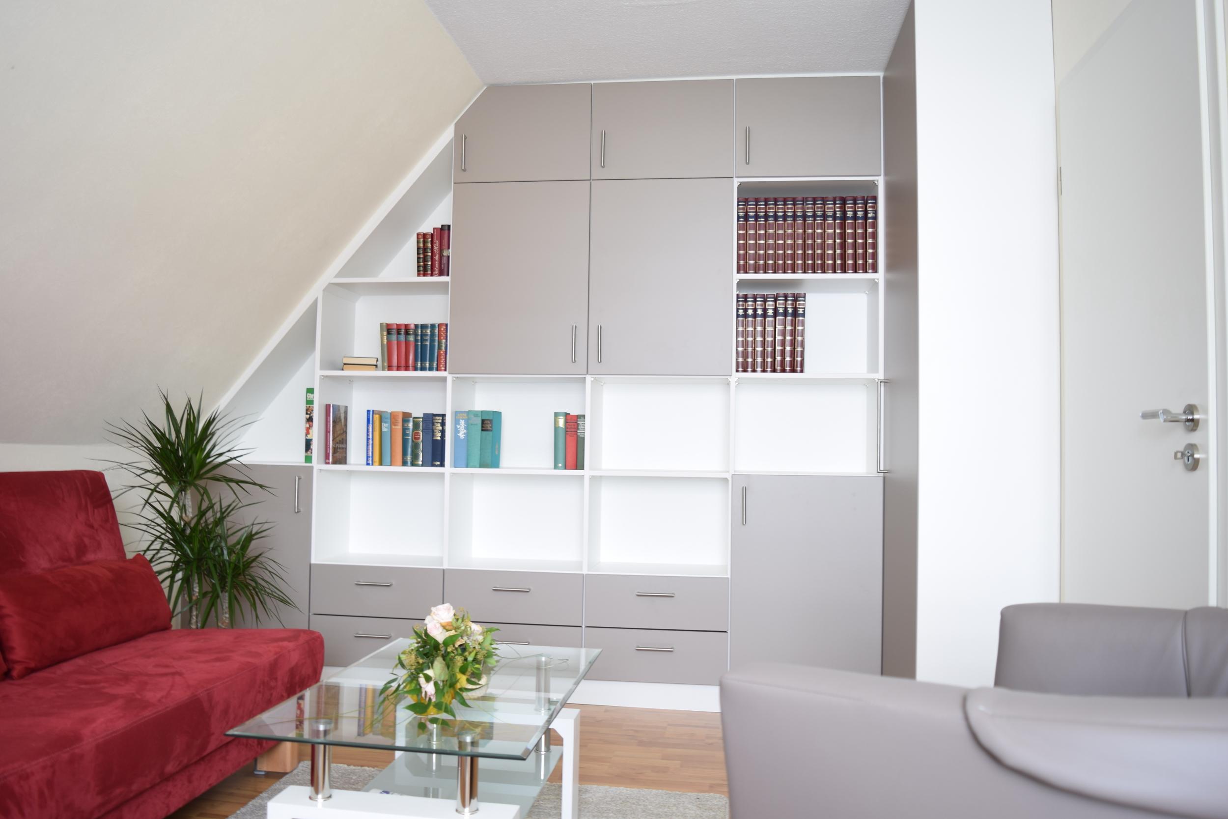 dachschr gen einbauschrank fuisting tischlerei soest. Black Bedroom Furniture Sets. Home Design Ideas