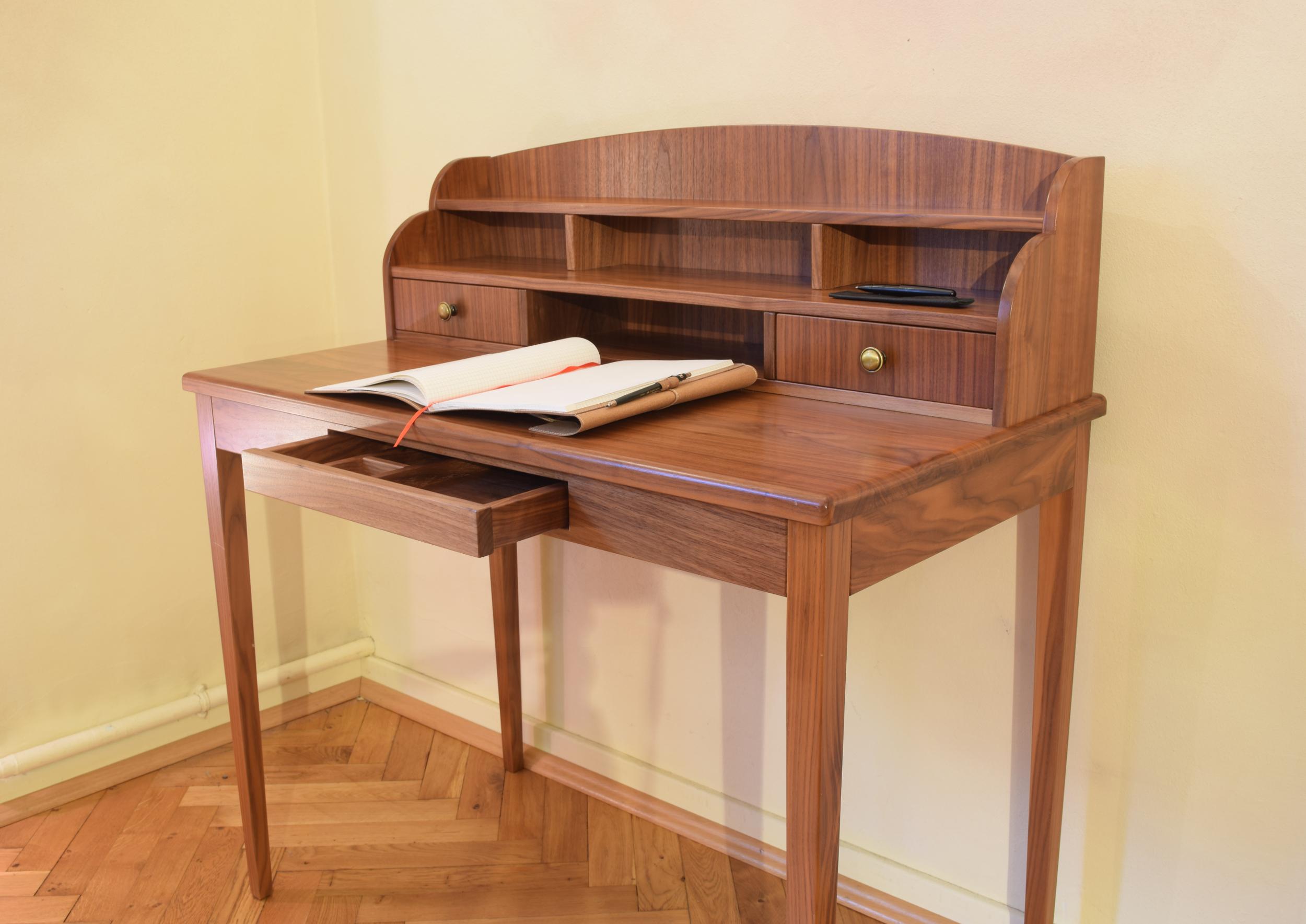 massivholz sekret r fuisting tischlerei soest. Black Bedroom Furniture Sets. Home Design Ideas